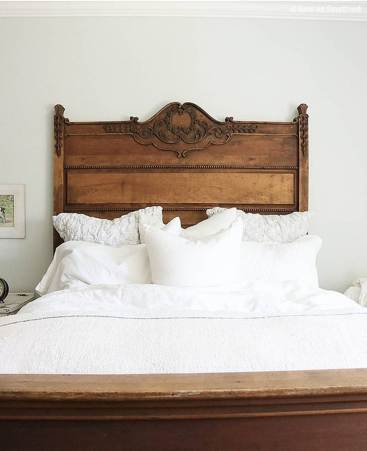 Gorgeous antique bed frame with white linens. – #A…
