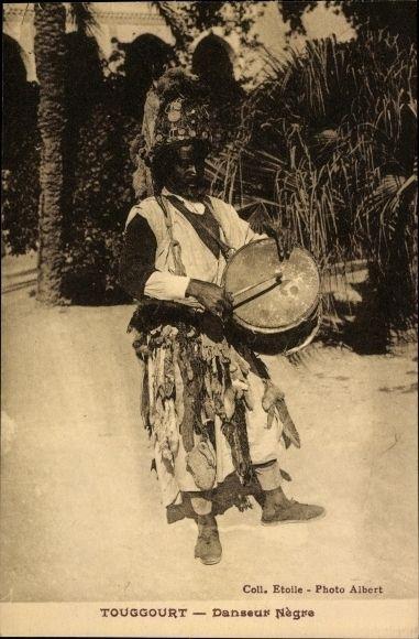 Postcard Touggourt Algerien, Danseur Negre, Afrikanischer Tänzer mit Trommel