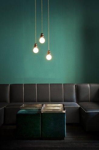 Vert anglais au mur