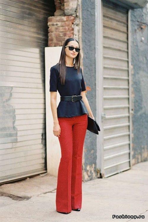 С чем носить брюки клеш