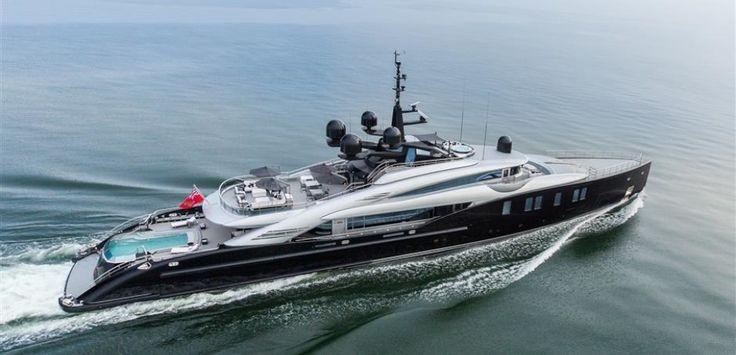 Okto Charter Yacht #sunshades #yachtingline #soltis www.yachtingline.it