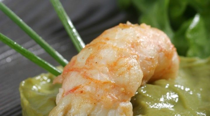 #healthymeals #healthy #salads #healthysalads #romantic #dinneroptions #valentinesday Amore by Pierre  Pan-roasted prawns, avocado puree, chorizo, cucumber-citrus salad and pepitas