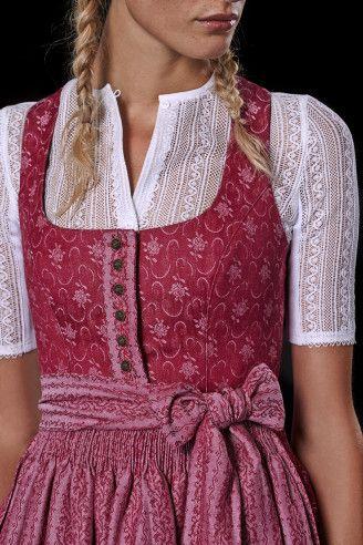 #Farbbberatung #Stilberatung #Farbenreich mit www.farben-reich.com  - Tracht im aktuellen Kontext