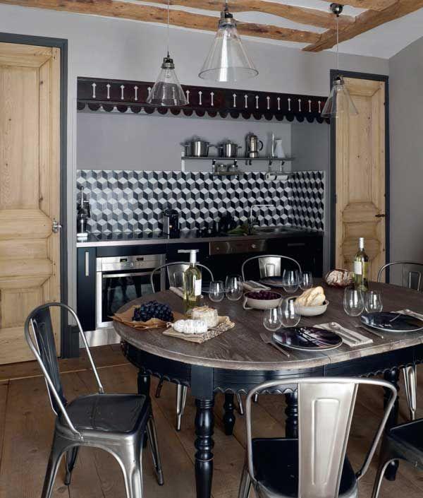 Credence inox tholix chaise cuisine carrelage tile for De cuisines conviviales