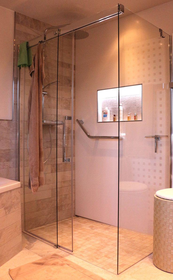 Eine Wandnische In Der Dusche Ist Ein Schoner Abstellplatz Fur Ihre Badutensilien Bathroom Warm Wandnischen Kleine Badezimmer Design Keller Badezimmer Ideen