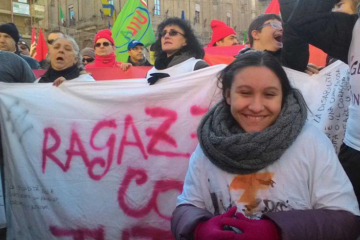 #12D #CosìNonVa : è stata la disabilità la tematica imperante nel corteo di Parma – IL VIDEO