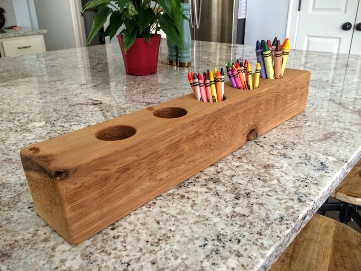Diy crayon holder from cedar wood