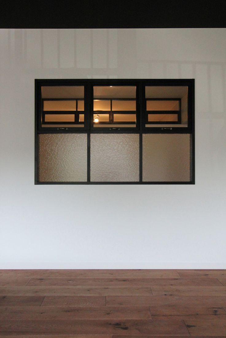 window/窓/室内窓/格子/design by フィールドガレージ