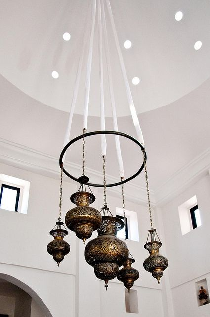 beautiful morroccan lamps~~love this idea for a chandelier concept with high vaulted ceilings.