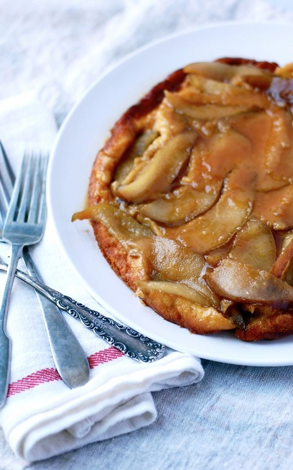 20 recipes to make breakfast for a crowd Pear Vanilla Dutch Baby Pancake http://www.msn.com/en-us/foodanddrink/recipes/20-recipes-to-make-breakfast-for-a-crowd/ss-BBeGRNU#image=12