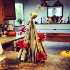 Recycled Christmas Tree Crafts: How to Make a Tree With Magazines