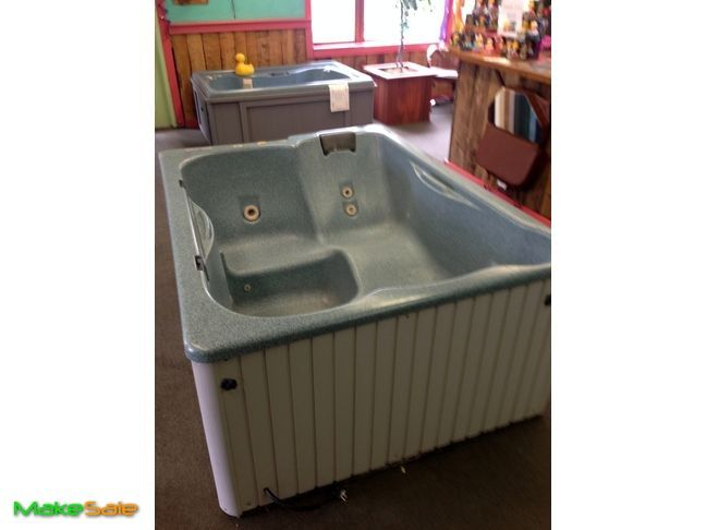 Great Lakes Hot Tub Great Samll 3 4 Person Hot Tub Used