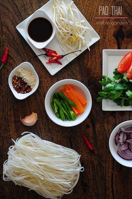 Pad Thai - Vegetarian Pad Thai Noodles Recipe, Step by Step