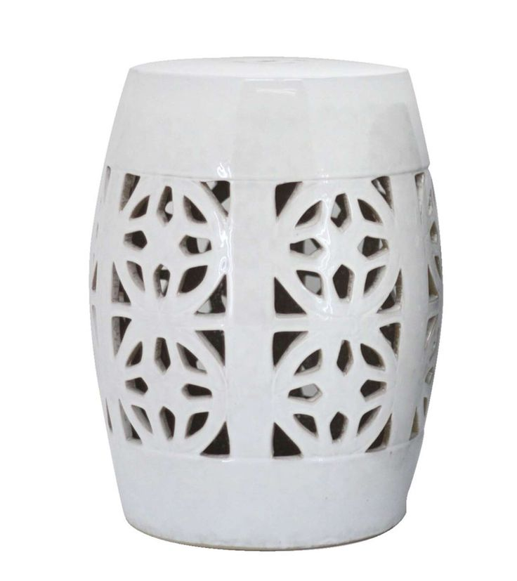 White Twisty Stool For Indoor Decoration ~ http://www.lookmyhomes.com/find-the-uniqueness-of-twisty-stool-for-indoor-decoration/