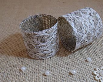 how to set a table with napkin rings