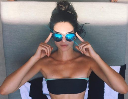 The 11-minute ab workout that Kendall Jenner swears by–video only shows part of routine but easy to figure out rest of moves from names