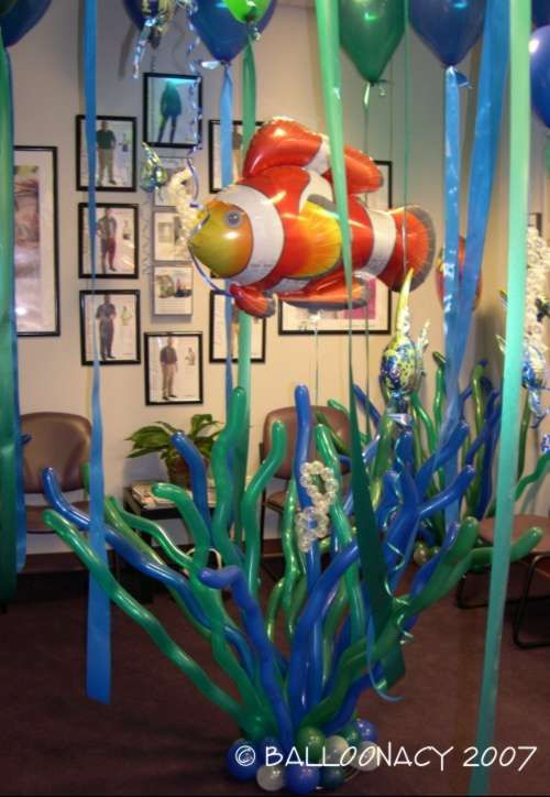 Underwater ThemeIncredible Underwater themed balloons! Ask about our arches and bouquets to match! Sea, fish, dolphins, turtles, tropical island, coral reef, The Little Mermaid, Disney and crab feeds! Click To Zoom