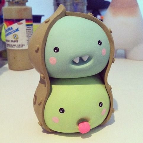"""2 Ps in a BotPod from Melodreama Custom 3"""" (vinyl, polymer clay, acrylic paint) toy"""