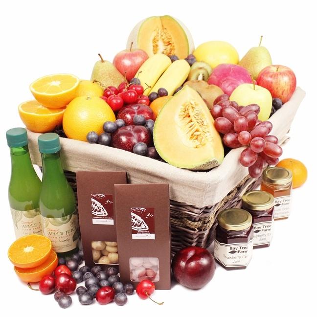 Gambia Luxury Fruit Hamper