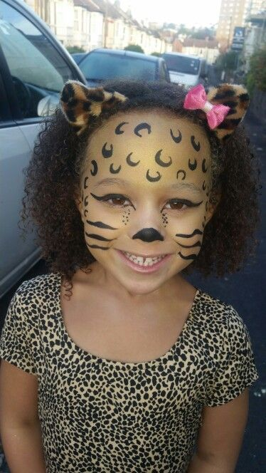 Childrens leopard face paint. This quick face paint took 10 minutes. Nice and easy when you don't have much time.