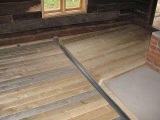 Puusuutari: Saunan puinen lattia