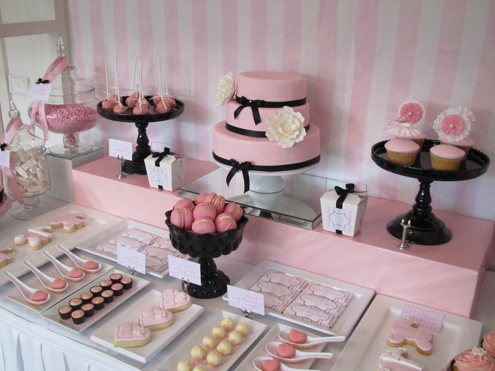 this would be gorgeous for a bridal shower baby showerdessert tablecandy
