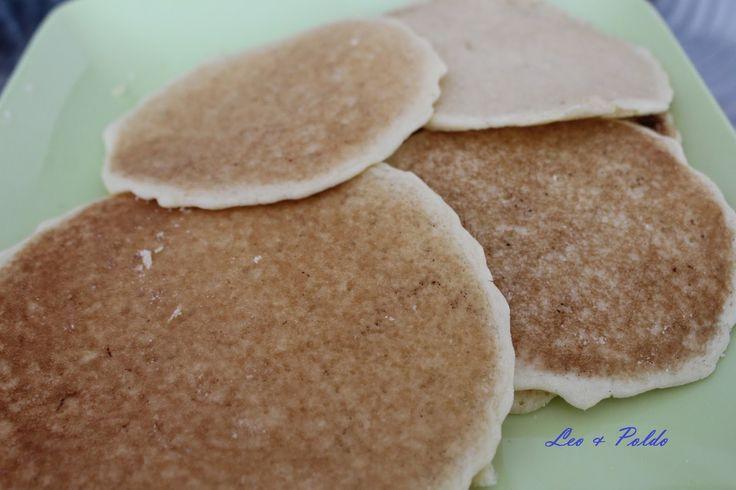 Leo & Poldo: Pancakes al latte di mandorla