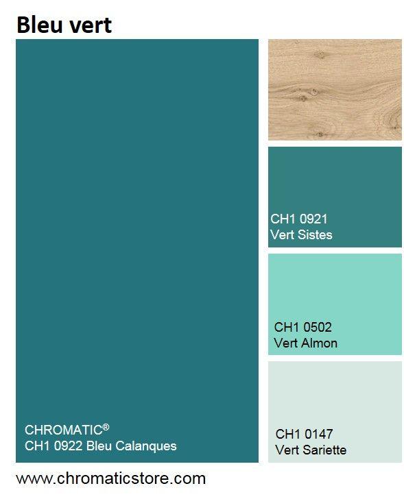 Féminins, les bleus verts offrent fraîcheur et éclat à nos ambiances intérieures. Ils s'accordent aisément avec de nombreuses couleurs, notamment du bois clair. www.chromaticstore.com