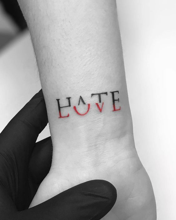 Small Tattoos Designs for you to copy, because Less is More –  –
