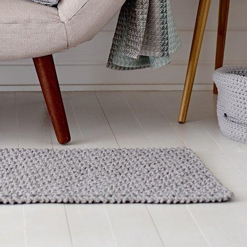 Tæppe i brombærmønster - STOFF & STIL