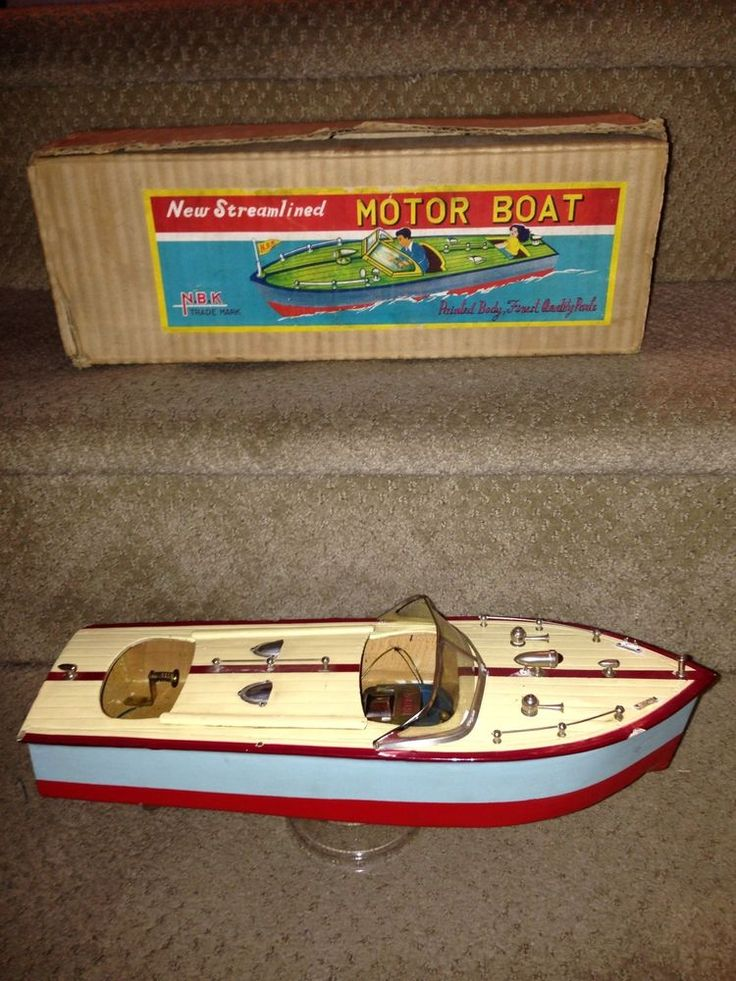"""1950's WOODEN SPEED BOAT 13"""" long battery operated Japan w/orig. box"""