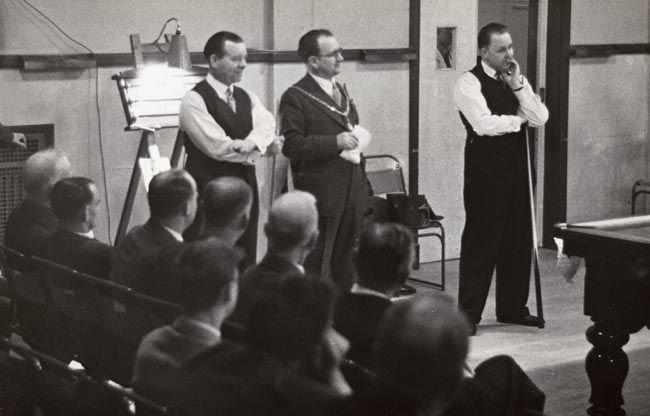 PCD_1567 Billiards Exhibition, Erith 1946