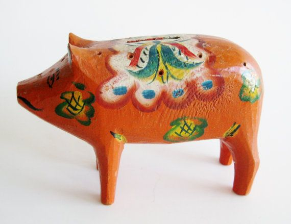 Vintage Hand Carved Olsson Swedish Red Dala Pig Coin Piggy Bank Akta Dalahemslojd Sweden