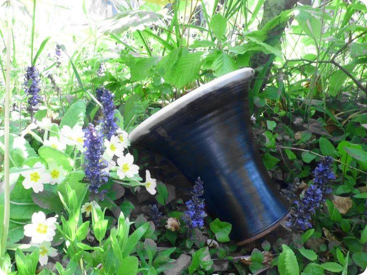 Shanagarry Medium Palm Pot. Stephen Pearce Pottery.