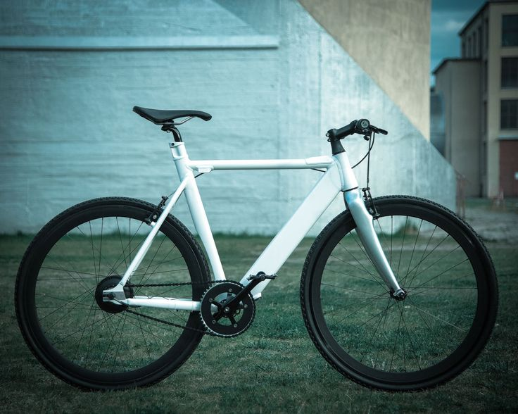 Holoscene LR - Strong and nimble - Light & Rugged Ebikes get you there reliably