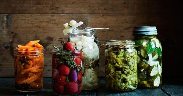 inlagda grönsaker | ica.se | ättikslag, konservering, konservera, inläggning, inläggningar