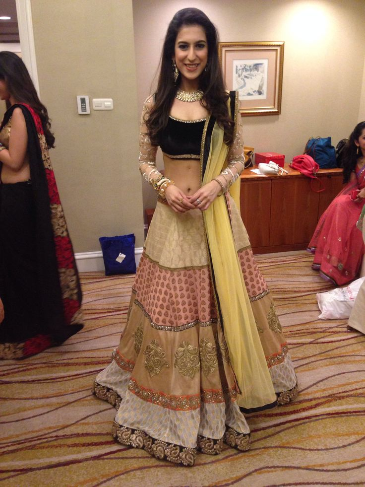 Miss India Indonesia 2014 in MischB Couture
