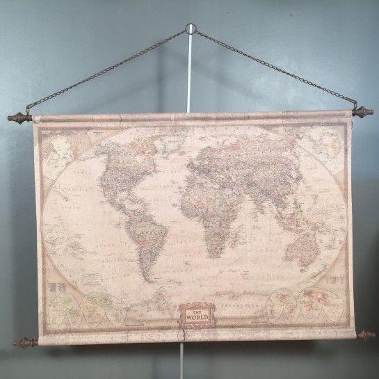 Παγκόσμιος χάρτης σε vintage ύφος με μεταλλικά στοιχεία και αλυσίδα για να διακοσμήσετε το σπίτι ή το γραφείο.Το NEDAshop.gr υποστηρίζεται από το κατάστημα μας όπου μπορείτε να δείτε όλα τα αντικείμενα από κοντά.Το κατάστημα μας βρίσκετε: Λεωφόρος Θηβών 503 Αιγάλεω