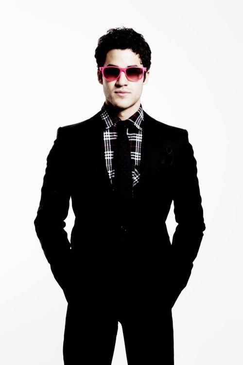 love a man in a suit......especially Darren Criss <3