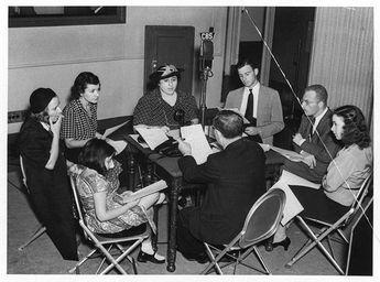 "Cast of ""The Goldbergs"" recording a show"