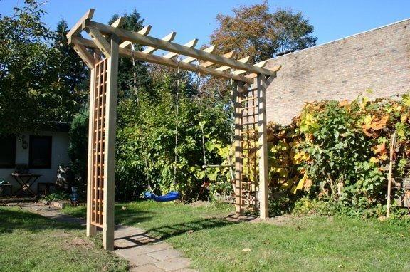 Meer dan 1000 idee n over pergola schommel op pinterest tuinschommel buiten schommels en - Bank voor pergola ...