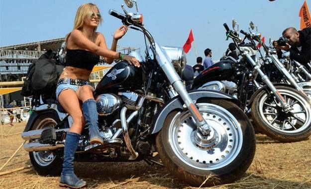 daytona 2001 biker babes
