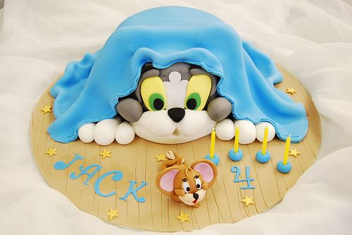 Tom and Jerry Birthday cake by keartona, via Flickr