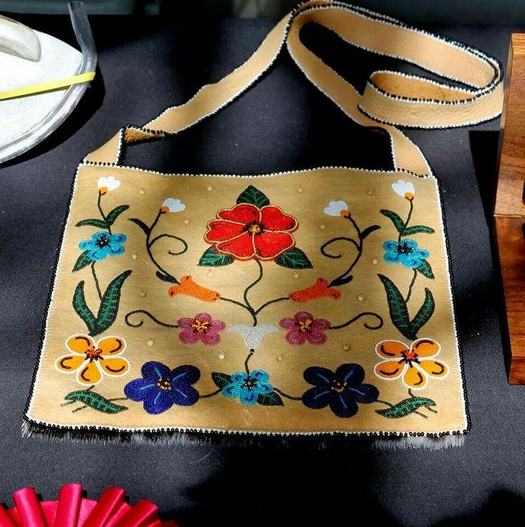 SWAIA Santana Fe Indian Market beadwork by Glenda McKay from Alaska 2014