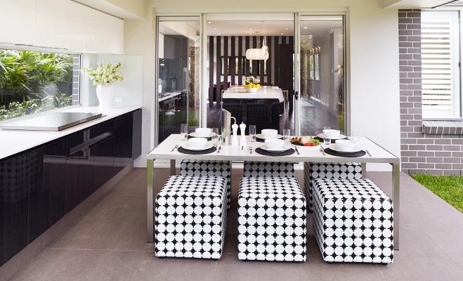 Kemsey Alfresco   Kitchen By: Rawson Homes   How amazing are those stools!