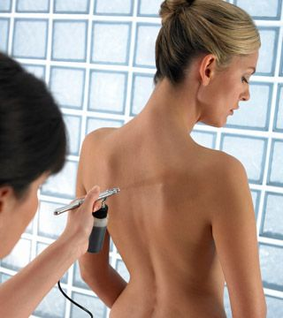How To Make Your Spray Tan Last - Daily Makeover