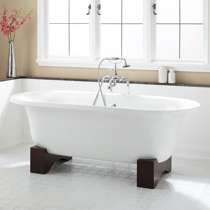 24 best images about bathtubs on pinterest cast iron tub for Cast iron tubs vs acrylic
