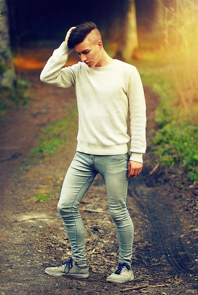 Guys wearing skinny jeans gay