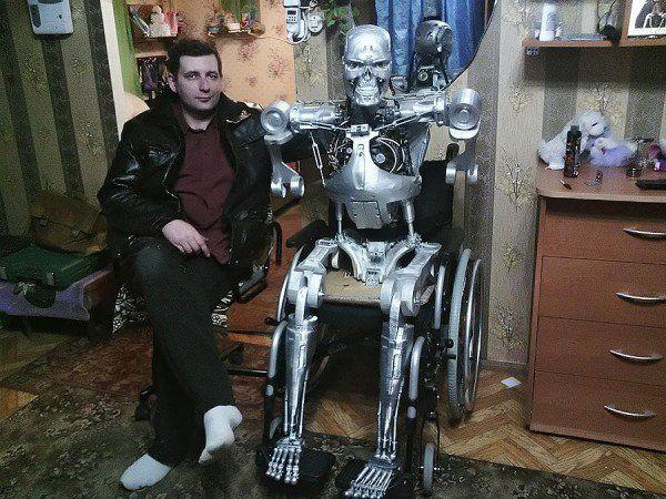 Nerd russo constrói seu próprio exterminador do futuro | Mundo Gump