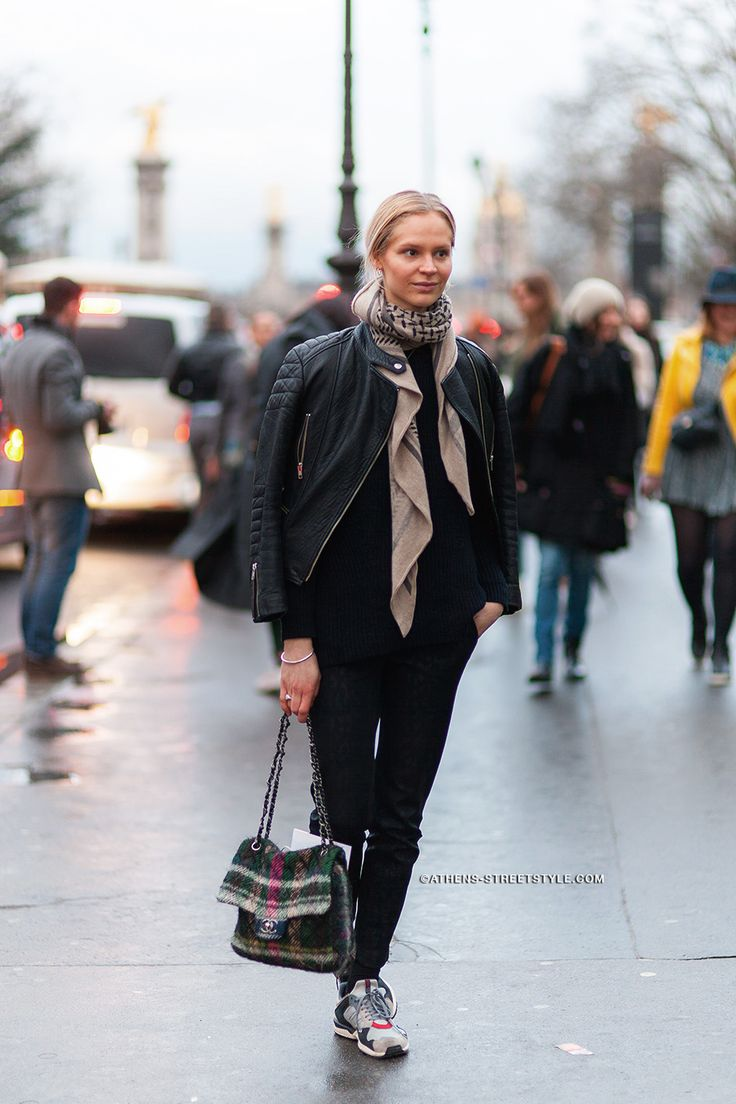 4604 Athens Streetstyle Woman Leather Jacket Scarf Sneakers Chanel Bag Paris Fashion Week Fall